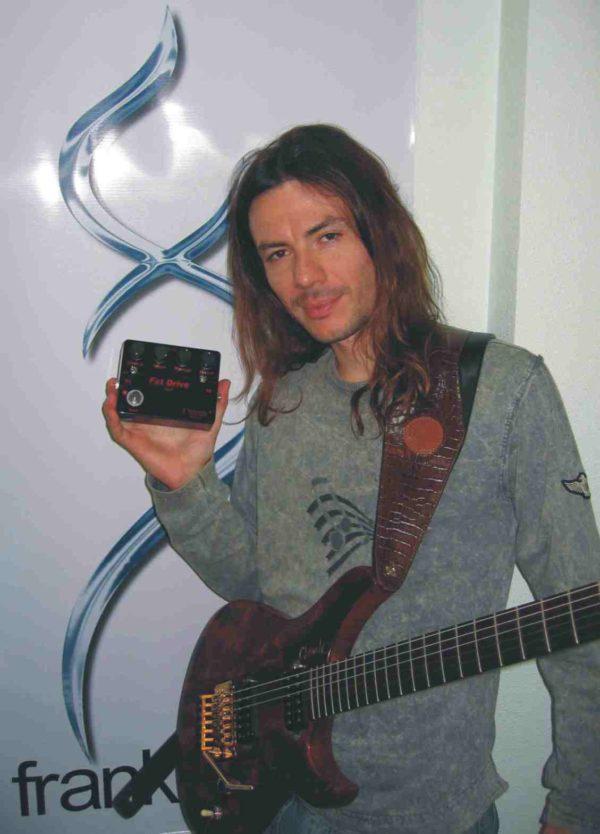 Frank Solari - Amplificadores valvulados & pedais de efeito - TMiranda